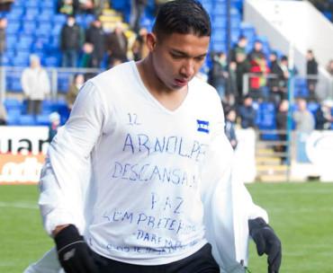 Emilio Izaguirre le dedicó un mensaje especial a Arnold Peralta