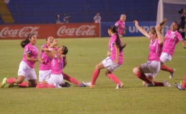 Las chicas de la Bicolor empataron en su debut ante Jamaica