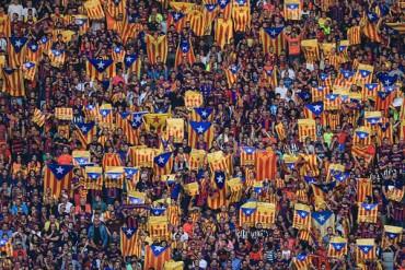 Barcelona recurrirá al TAS por banderas catalanas