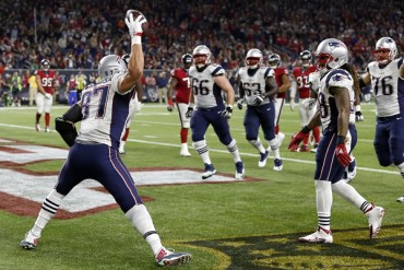 Americano | 'Pats' 27-6 Texans; New England aseguró Playoffs