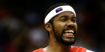 VIDEO: Rasheed Wallace encesta doble