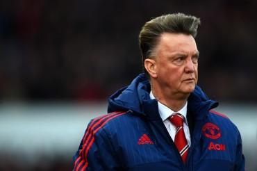 Stoke derrotó al United; Van Gaal, sentenciado