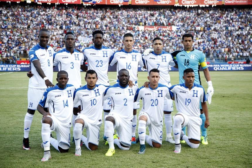 APphoto_Honduras Mexico Wcup Soccer