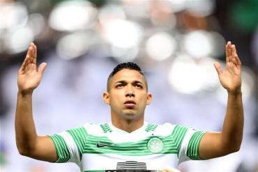 Emilio Izaguirre volvió a la titularidad del Celtic de Escocia