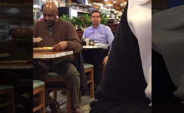 Filtran la primera imagen de Callejas en un restaurante en New York