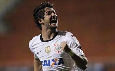 El agente de Pato confirma la cesión del delantero al Chelsea