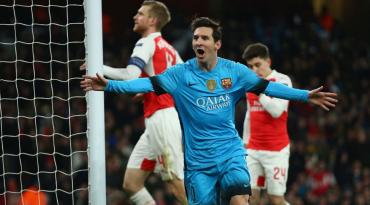 Messi acabó con su 'maldición' ante Petr Cech