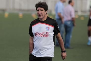 El argentino, Héctor Vargas arremetió contra Jorge Luis Pinto