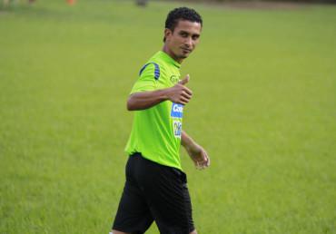 El volante Mario Berríos, fuera por 15 días  por lesión