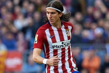 Redujeron sanción a Filipe Luis por fuerte entrada sobre Messi