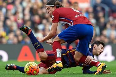 Tres partidos de sanción a Filipe Luis por entrada a Messi