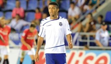 El Tenerife de Anthony Lozano aumentó su sequía de triunfos