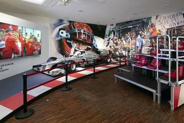 Exposición rindió homenaje a Michael Schumacher