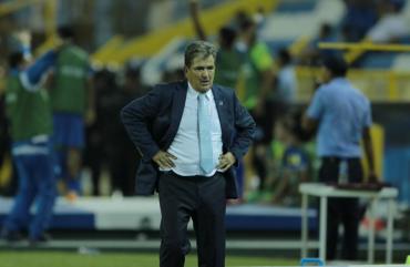 """Jorge Luis Pinto: """"No hay otra opción hay que ganar lo que queda"""""""