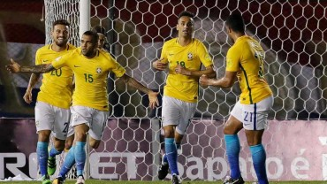Brasil rescata un punto al empatar con Paraguay