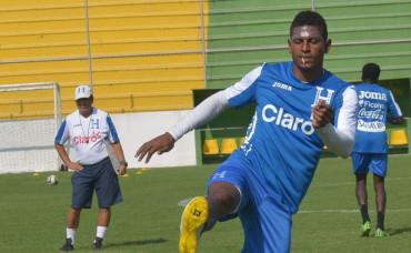 Carlos Costly si podrá estar ante la Selección de El Salvador