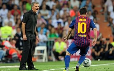 """Mourinho: """"Es más fácil ganar la Champions con Messi"""""""
