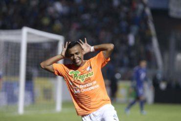 """Fredixon Elvir: """"Aún pertenezco al Olimpia, pero quiero seguir con Honduras Progreso"""""""
