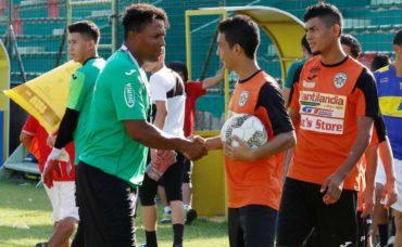 Carlos Pavón no se preocupa por su puesto como entrenador de Marathón