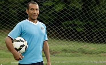 Leo Isaula arribó a su encuentro 502 en la Liga Nacional