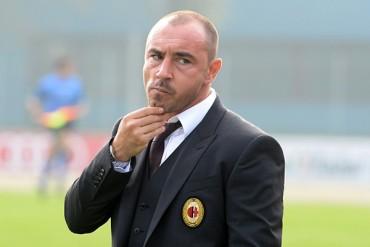 Cristian Brocchi, nombrado entrenador del Milan