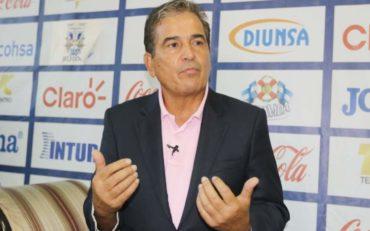 Jorge Luis Pinto pide a la Liga Nacional aumentar a 12 el número de equipos