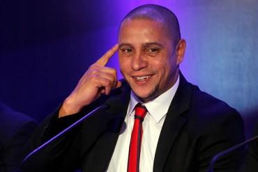 Roberto Carlos dirigiría al Miami Beckham United