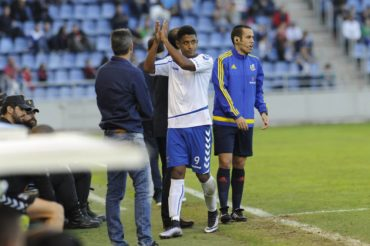 Se aleja el sueño de ascender a primera división al Tenerife de Anthony Lozano