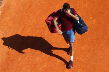 Federer, baja del Open de Madrid por lesión
