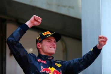 Verstappen, el ganador más joven; Checo, séptimo