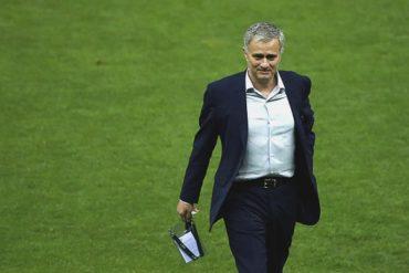 Mourinho dirigirá al Manchester United