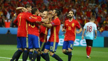 España se convirtió en el tercer equipo clasificado a octavos de la Eurocopa
