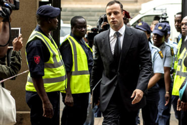 Padre de la novia de Pistorius reclamó 'justicia'