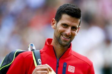 Djokovic, a defender corona en Wimbledon