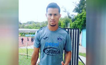 Marco Vega ya siente y suda la camisa del Motagua