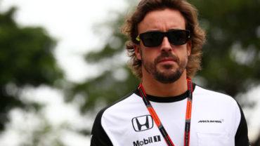 "Alonso sobre Ferrari: ""Siguen sin mejorar desde que estaba yo"""