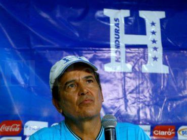 "Jorge Luis Pinto: ""Yo no tengo ninguna chispa con Costly"""