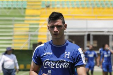 Defensor Jeffri Flores se sumó a la pretemprada de la Sub-23 de Honduras