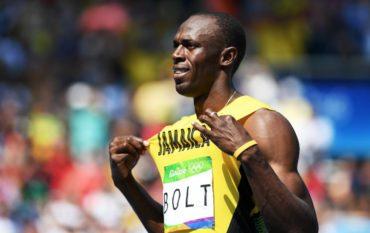 Bolt avanza sin problemas en las series de los 200m