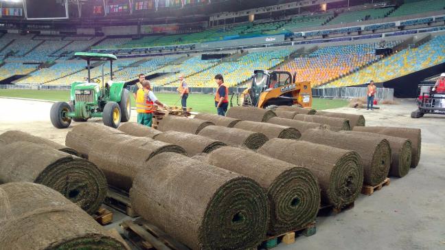Ready to play: Nuevo césped en Maracaná para las finales de fútbol