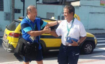 Jorge Luis Pinto tuvo un peculiar encuentro con el entrenador de Argentina