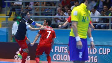 Mundial de Fútsal: Irán elimina a Brasil, España y Portugal avanzan