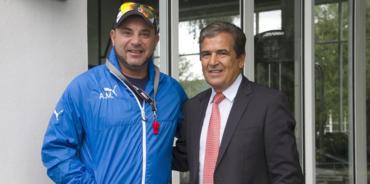 Jorge Luis Pinto asistió este mañana al entreno del Monterrey de México
