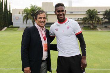 Brayan Beckeles recibió la visita del Jorge Luis Pinto