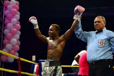 """El """"Escorpión"""" Ruiz el nuevo campeón latinoamericano de boxeo"""