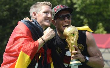 Podolski critica el maltrato de Mourinho a Schweinsteiger