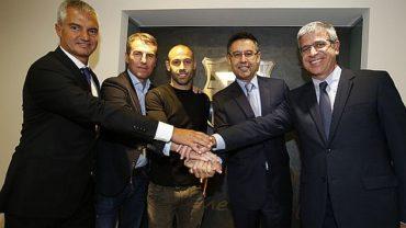 Javier Mascherano firmó su renovación con Barcelona hasta el 2019
