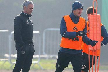 Schweinsteiger por fin entrenó esta campaña con el United