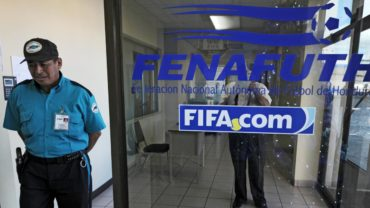 FIFA accedió que la Fenafuth pague la multa en cinco cuotas