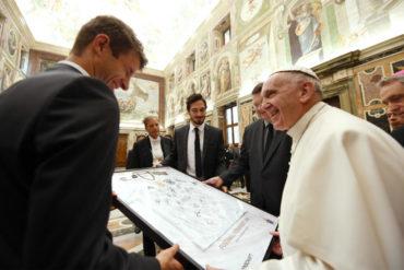 El Papa recibió en el Vaticano a la Selección alemana